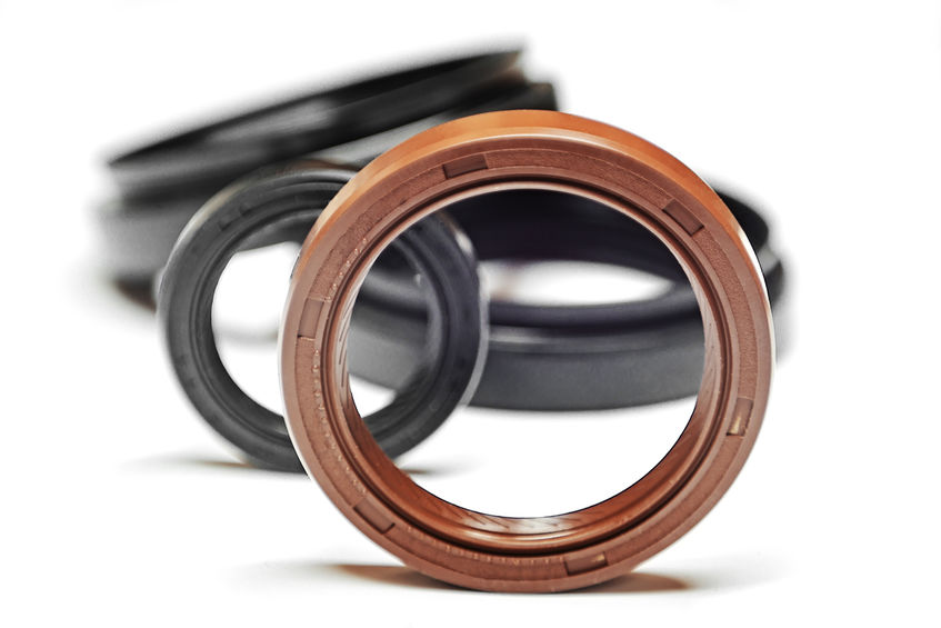 SKF industrial seals offer up reliability and superior performance across many applications.